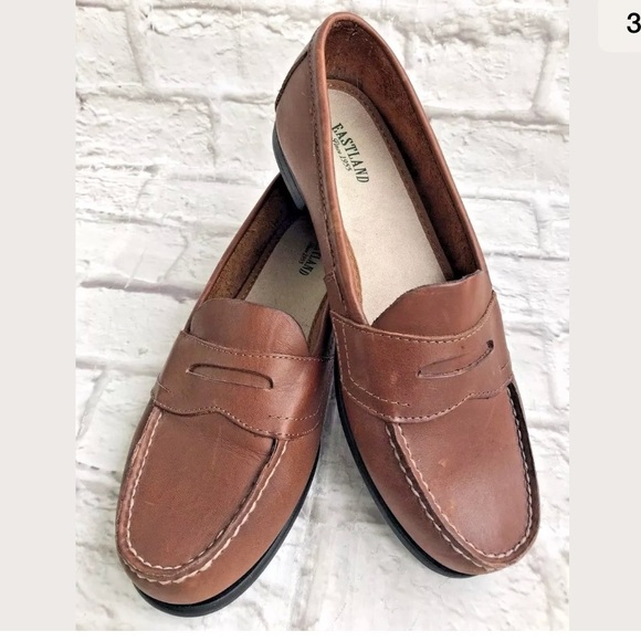 f5c4bc59b58 Eastland Classic Brown Leather Penny loafer 8
